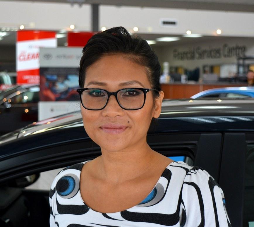 Sunnya Houmphavong